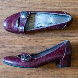 Clarks Leather Burgandy Wine Embossed Mary Janes
